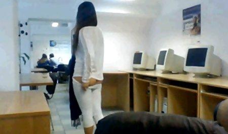Gadis Rusia datang ke bokep online menantu casting anal